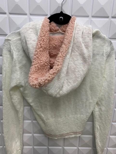 Tricot bordado com capuz de pêlo
