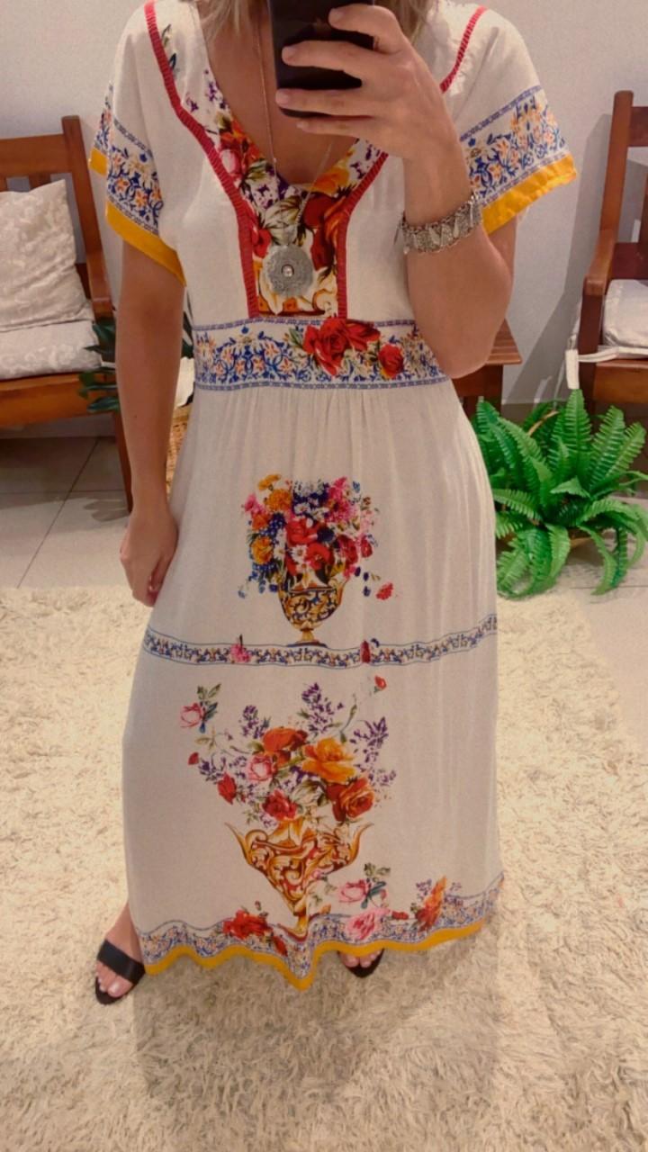Vestido longo detalhes guiipir