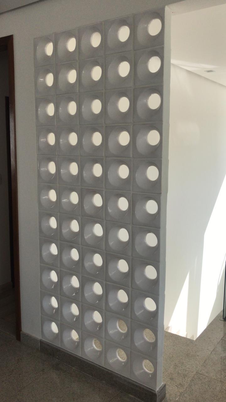Cobogó de Cerâmica Branco Esmaltado Linha Orvalho M 19,5x19,5x8 Cm