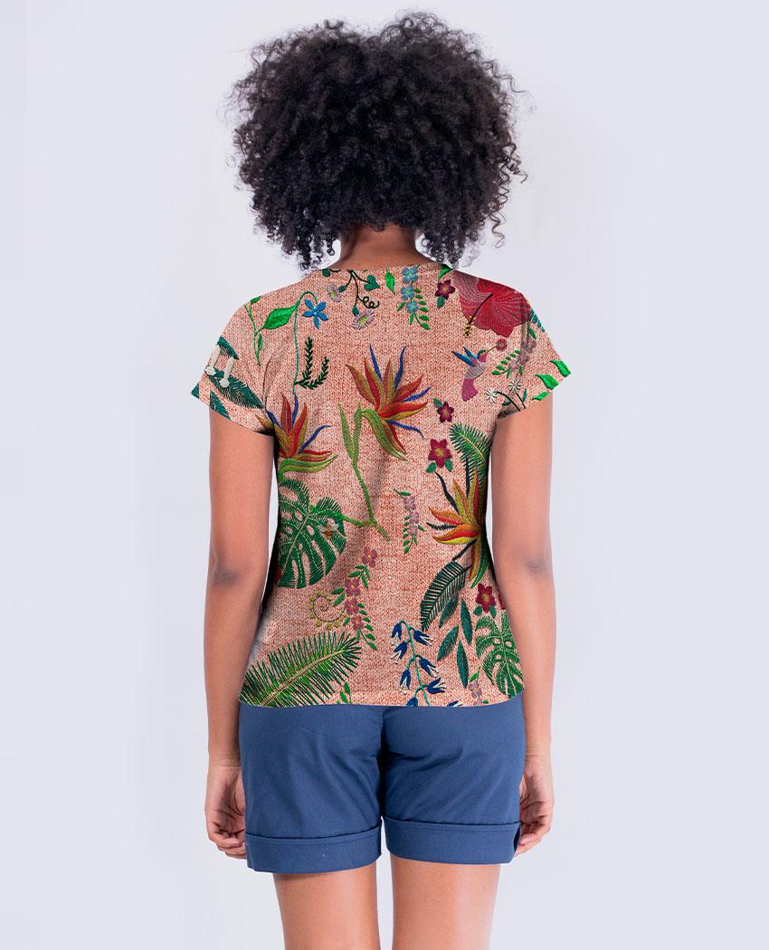Blusa Bordando Flores e Tucano Brilho
