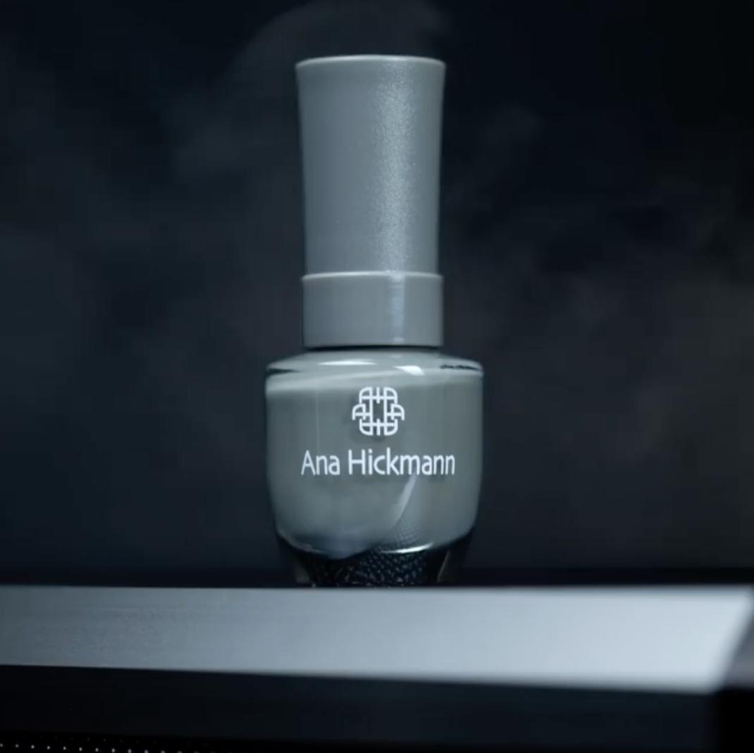 Ana Hickmann Esmalte Cremoso Coleção Dark Cinza Frio Nº64