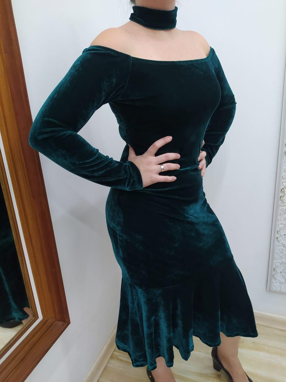 Vestido Velvet Gola