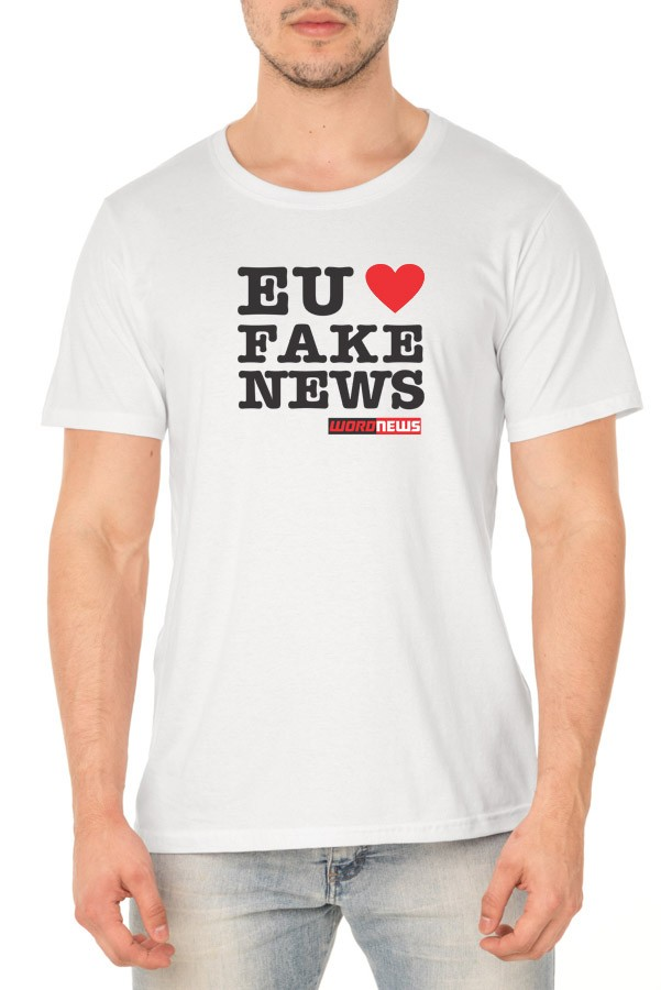 Camiseta Eu ❤ Fake News - Word News - Unissex