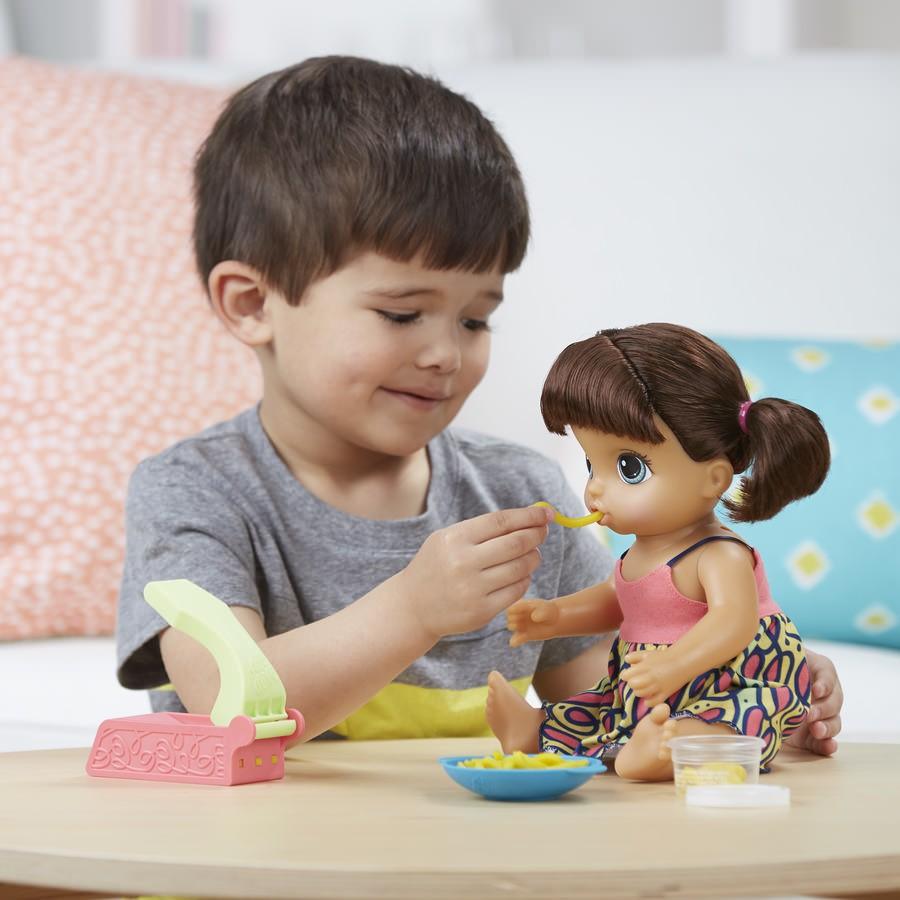 Boneca Baby Alive Adoro Macarrão Morena C0964 Hasbro