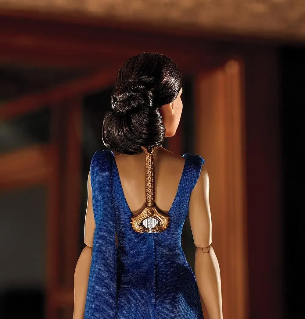Boneca Mulher Maravilha Princesa Diana FDF34 Mattel