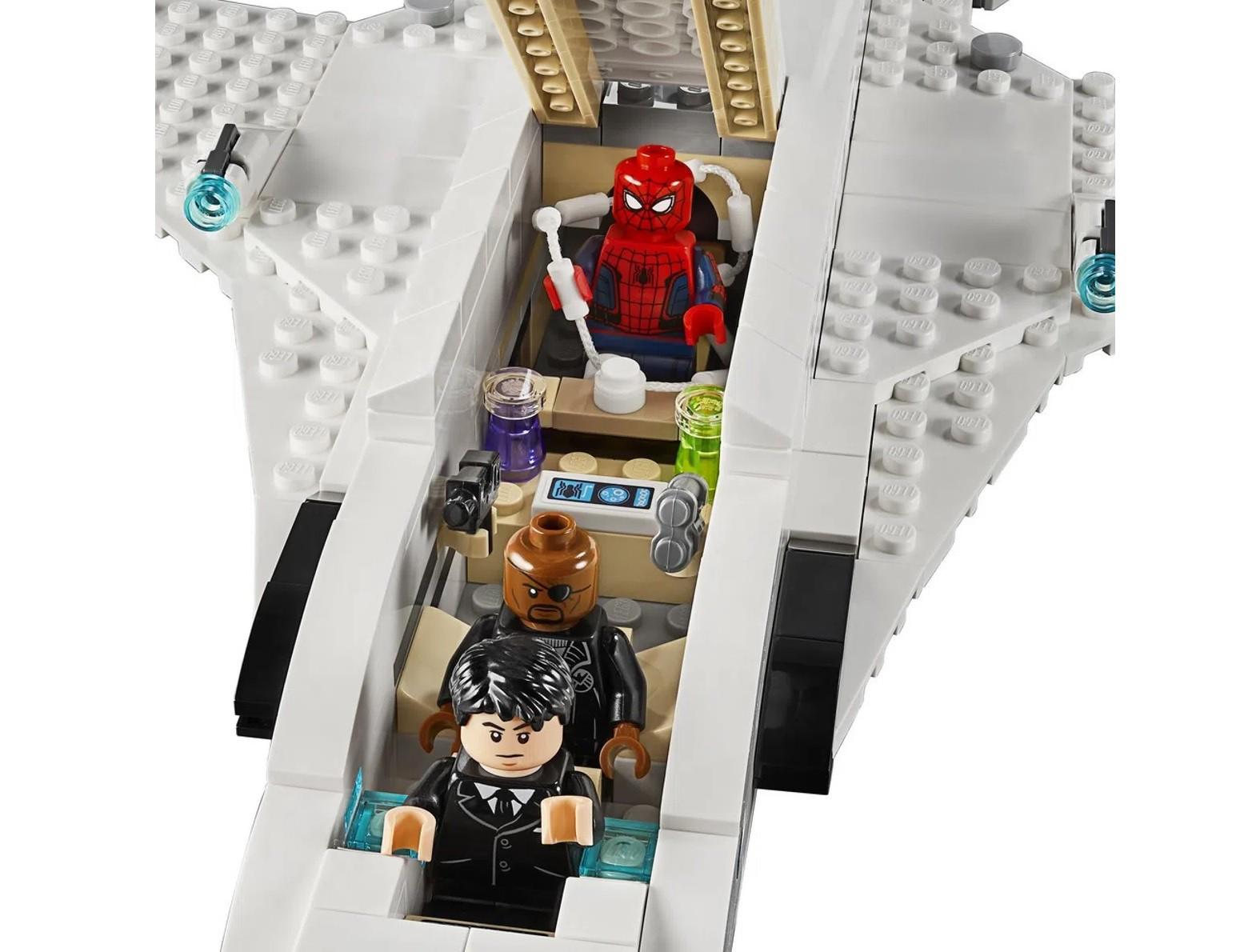 Lego Marvel Spider Man Jato Stark E Ataque De Drones 504 Peças 76130