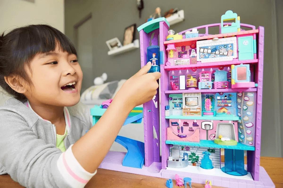 Playset Polly Pollyville Mega Centro Comercial GFP89 Mattel