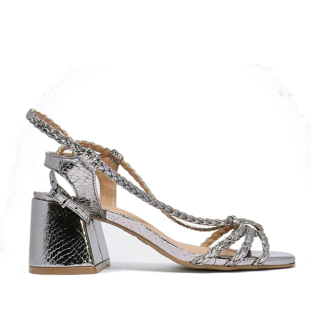 Sandália salto bloco em tiras de amarração prata velha