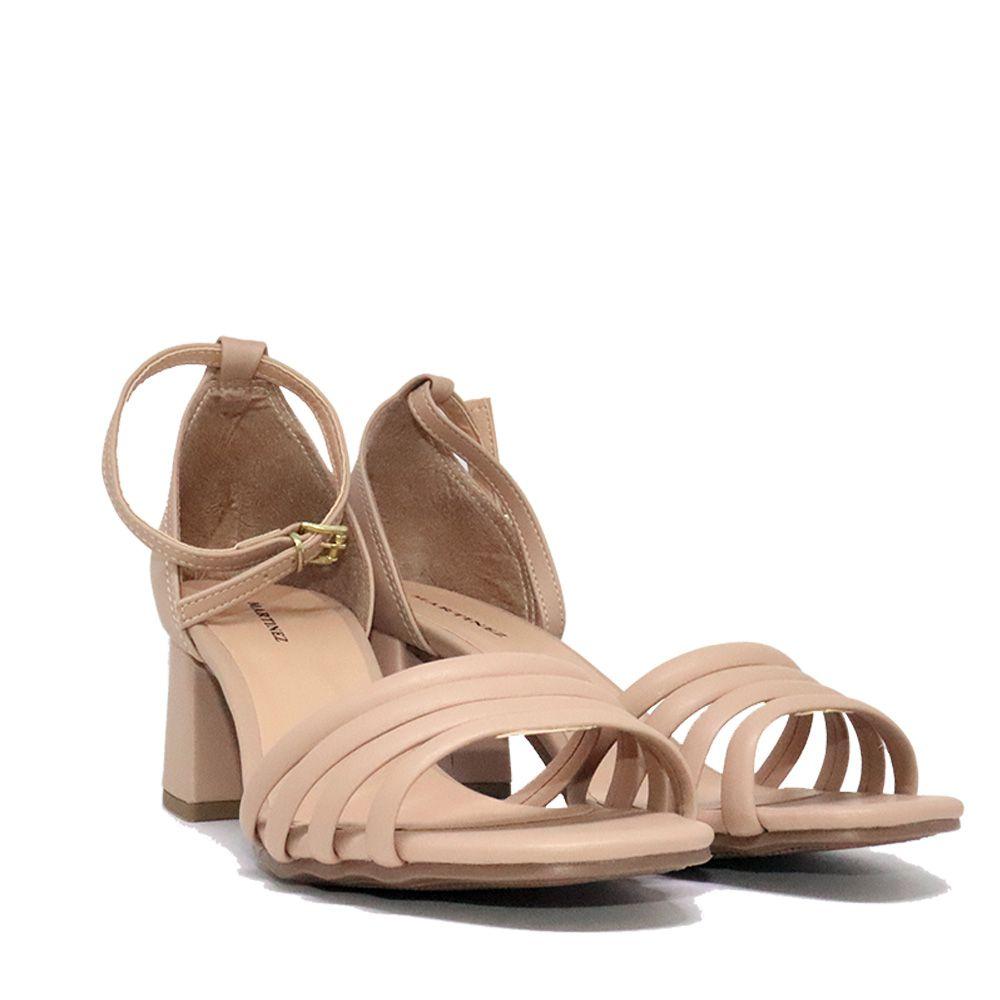 Sandália salto bloco tiras frontais pele.