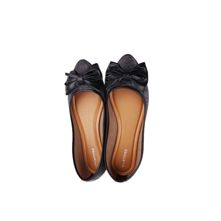 Sapatilha clássica bico fino metalizada preto com laço.