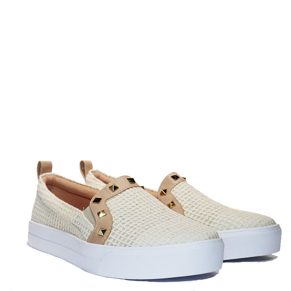 Tênis Slip On juta natural spikes onix com elástico nas laterais.