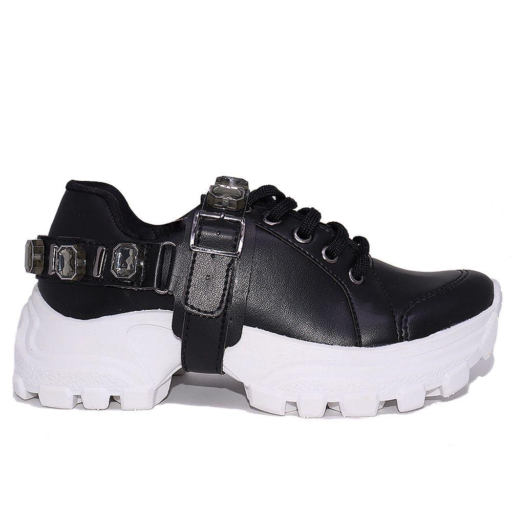 Tênis Sneaker chunky york preto com pulseira de cristais onix.
