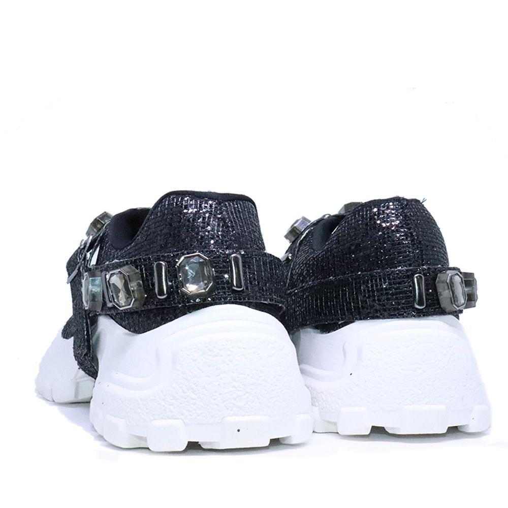 Tênis Sneaker chunky luminozita preto com pulseira de cristais onix.