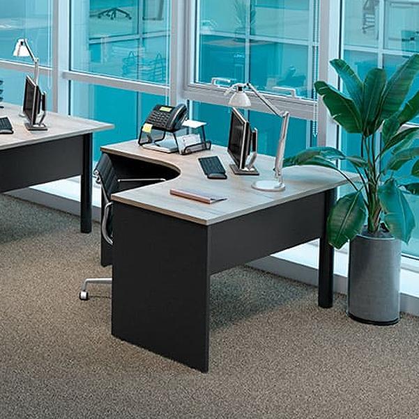 Mesa Escritório Angular Pé Painel Direita 1200 x 1400