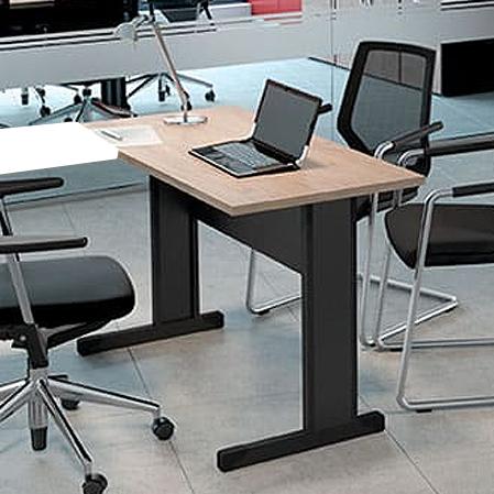 Mesa Escritório Reta Pé Metálico 1000X600