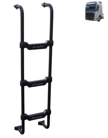 Escada Traseira para caminhão Volvo FH 2015 Cabine Baixa Tanque Arla Chassi Preta