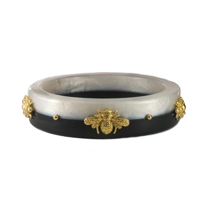 Bracelete Resina Perolada e Preto com Abelhas Banhadas a Ouro 18k