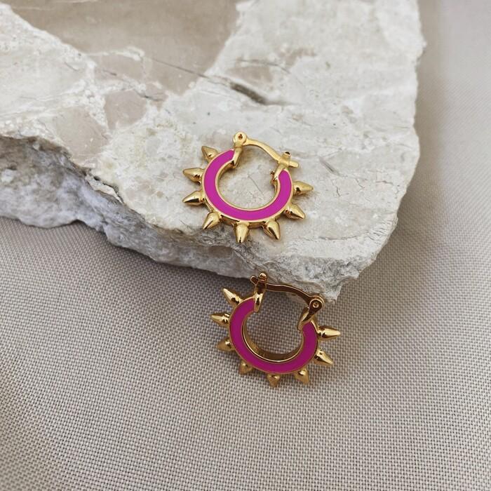 Brinco Argolinha Spike Esmaltada Pink Banhado a Ouro 18k