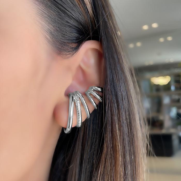 Brinco Ear Hook 3 Fileiras com Detalhes de Corda Banhado a  Ródio Branco