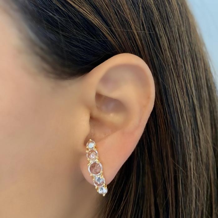 Brinco Ear Hook Cravejado Coração Banhado a Ouro 18k