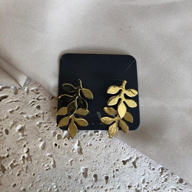 Brinco Folhas Banhado a Ouro 18k