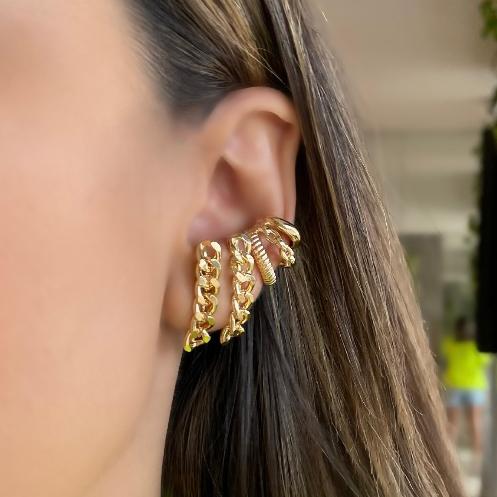 Brinco Piercing Fake 3 Fileiras Detalhadas Banhado a Ouro 18k