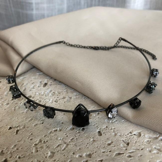 Colar Choker Estruturado com Pedras de Zircônia Banhado a Ródio Negro