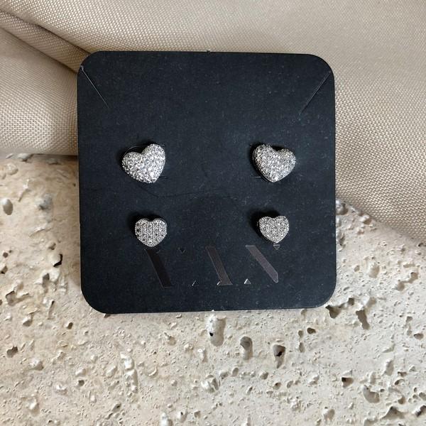 Brinco Duo Brincos de Coração Microcravejado Banhado a Ouro 18K