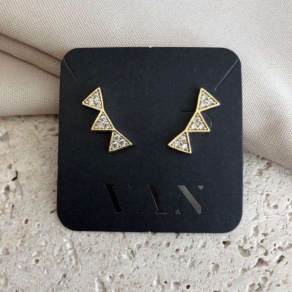 Brinco Ear Cuff Três Triângulos com Zircônias Banhado a Ouro 18K