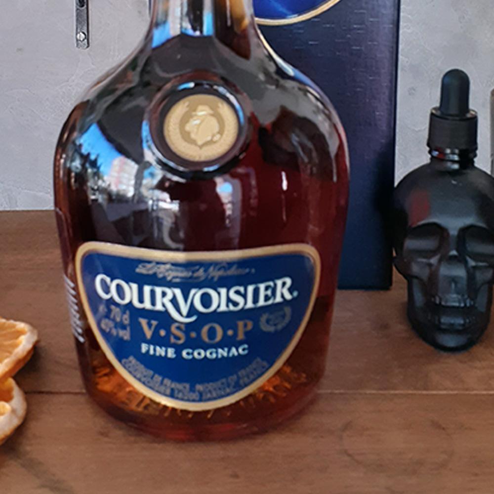 Conhaque - Courvoisier - V.S.O.P - 700 ml  - DRUNK DOG DELIVERY