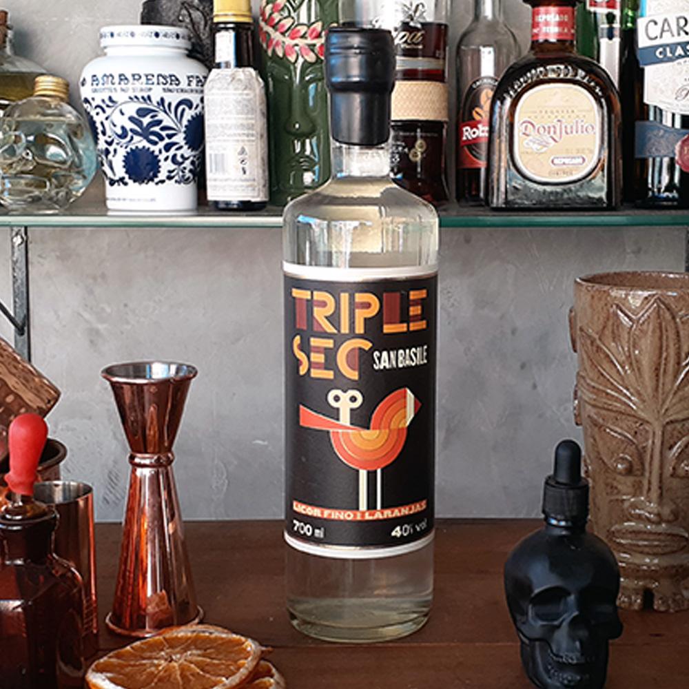 Licor - Triple Sec - San Basile - 700 ml  - DRUNK DOG DELIVERY