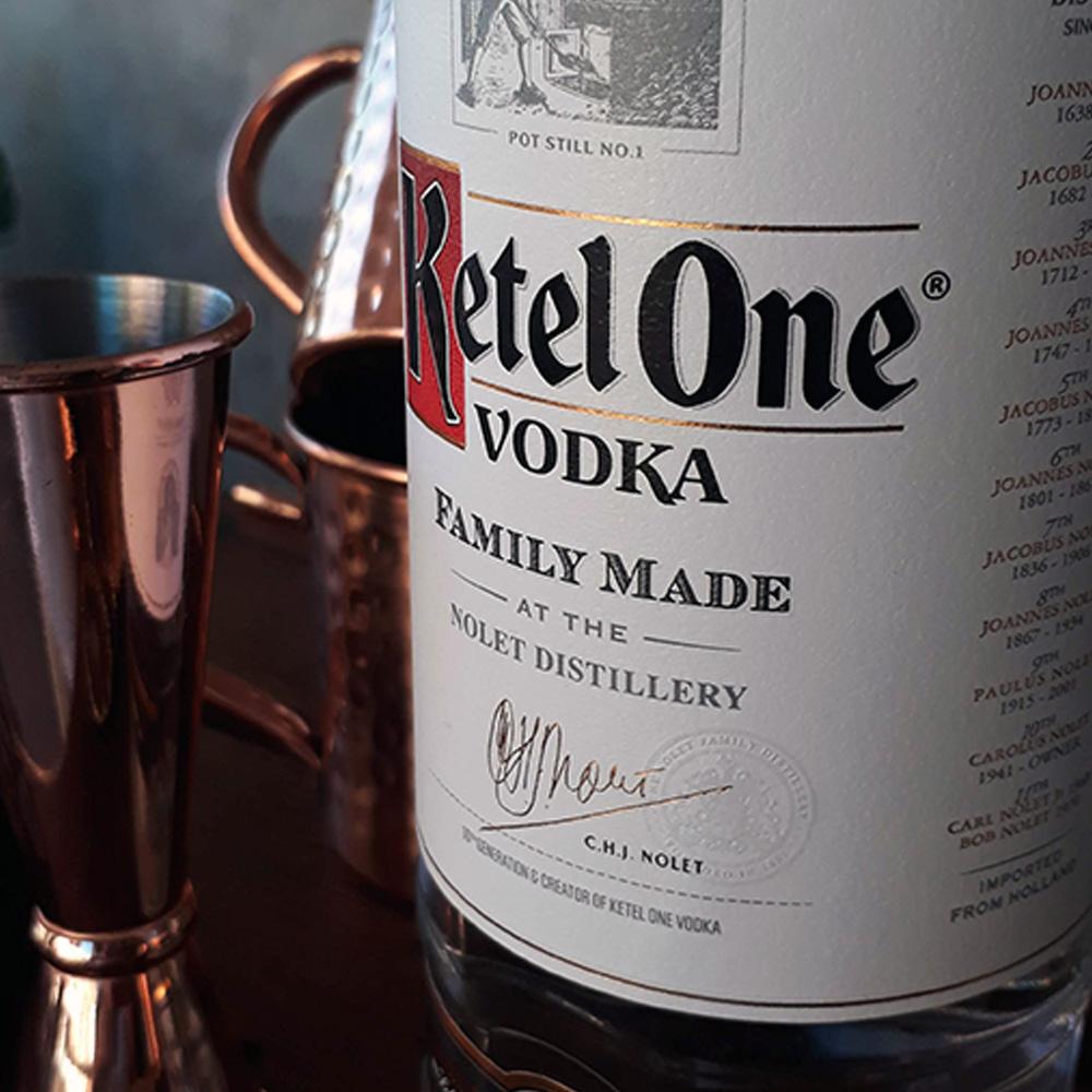 Vodca - Ketel One - 1 lt  - DRUNK DOG DELIVERY