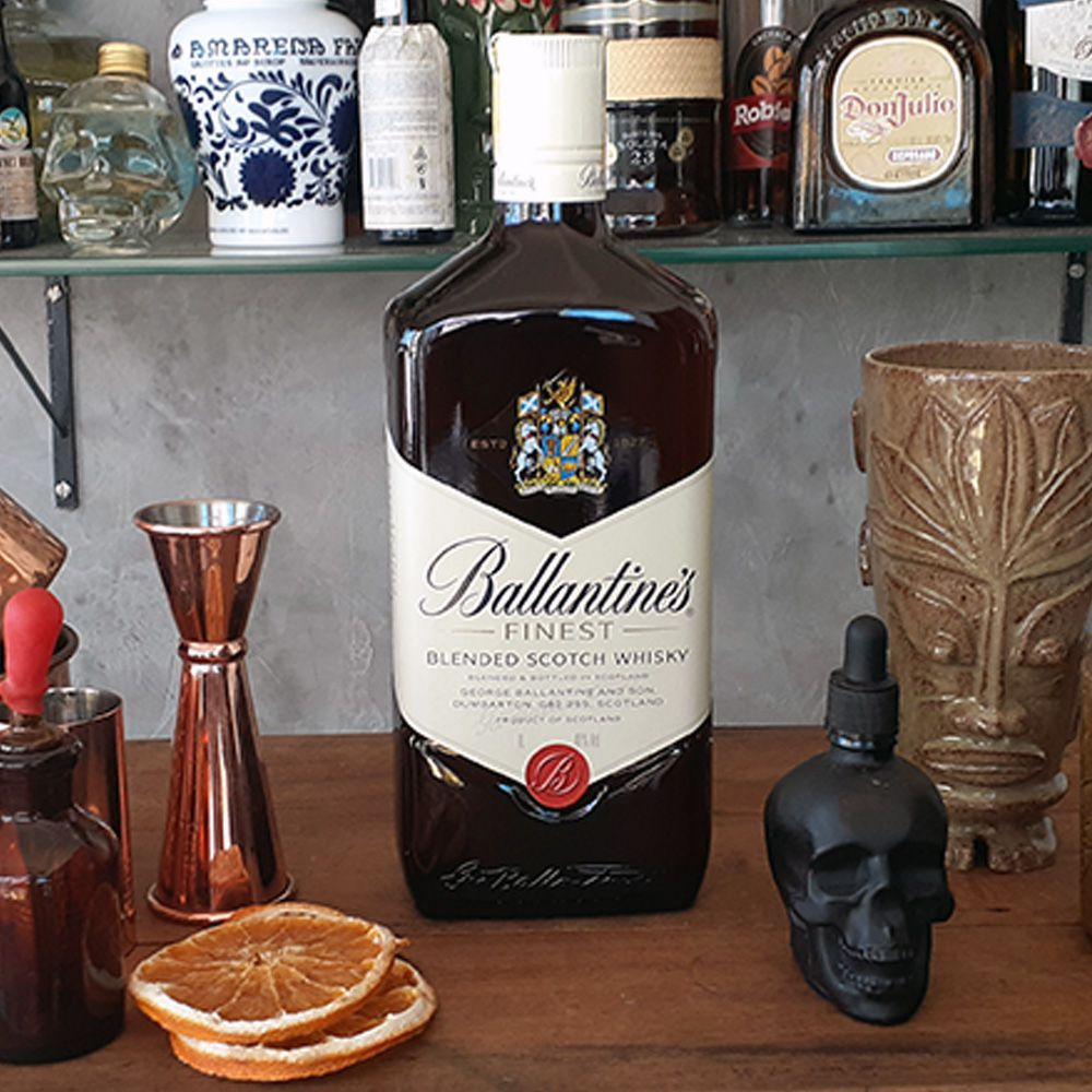 Whisky Ballantines - 8 anos - 1.000 ml  - DRUNK DOG DELIVERY