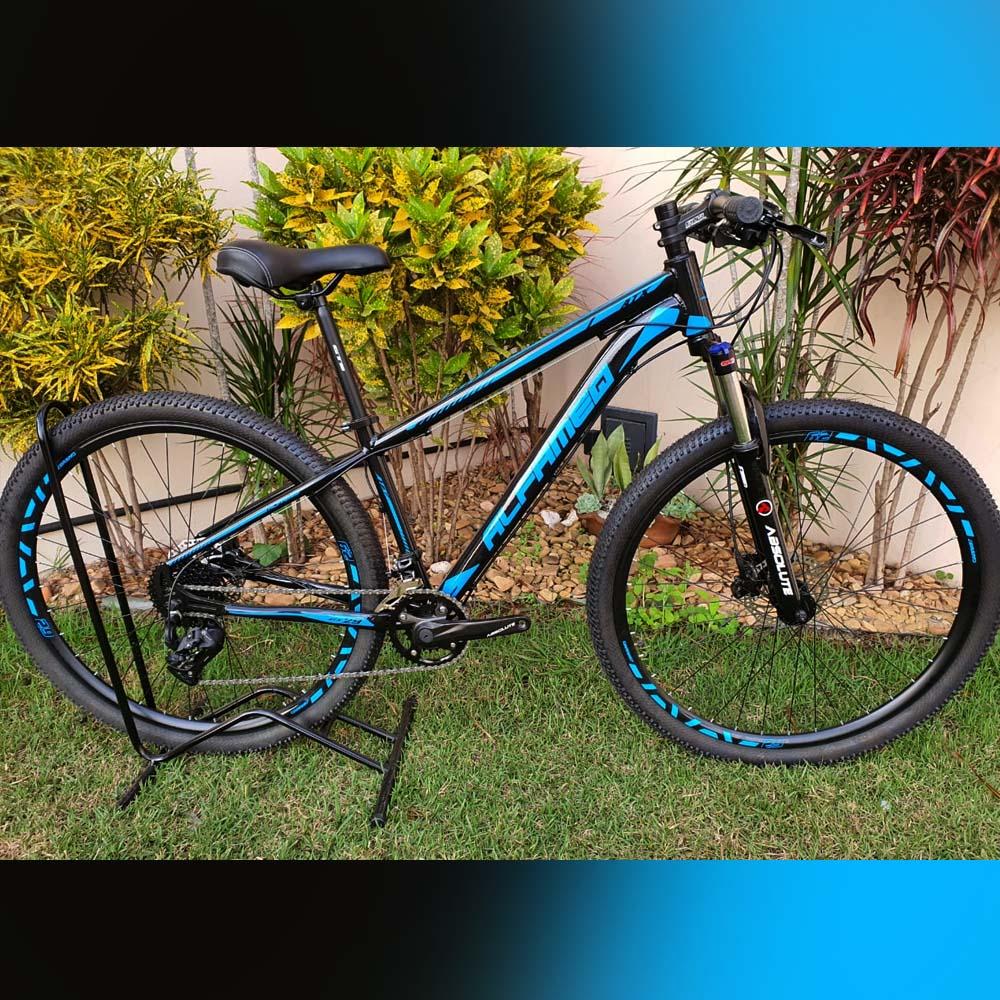 Bicicleta 29 AlfameQ ATX 18 Velocidades Freios GTS Preto e Azul Tam. 15
