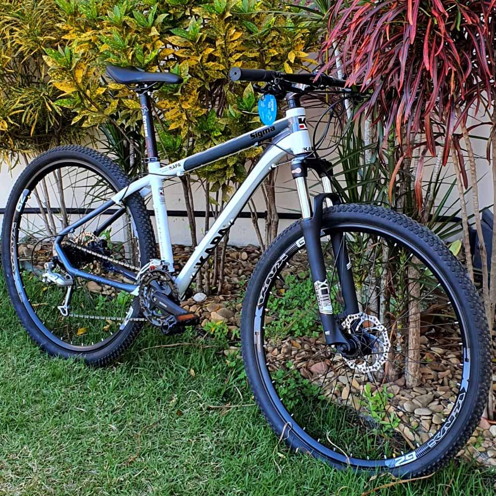 Bicicleta 29 Kapa Sigma Shimano Deore 27v T. 17 Branco/Cinza