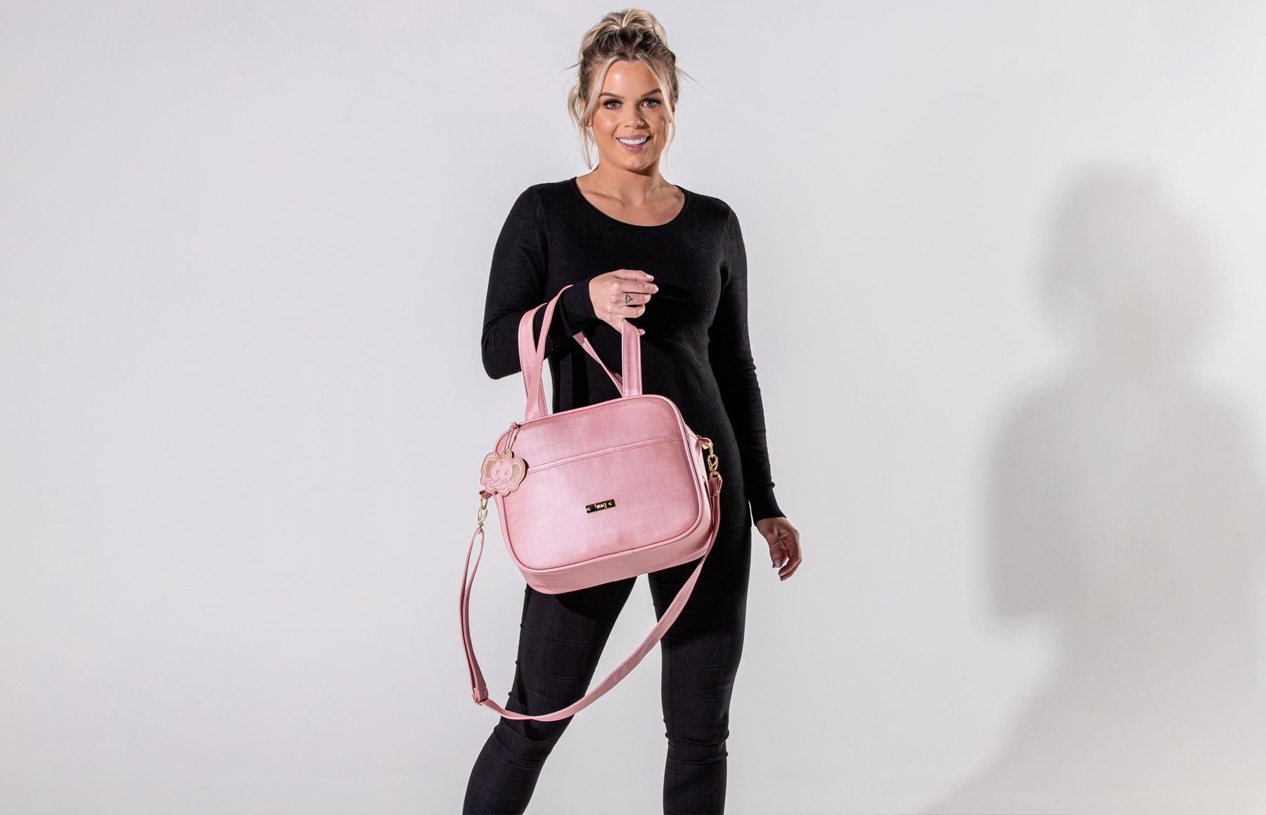 Bolsa maternidade média Hug linha Cassis rosa
