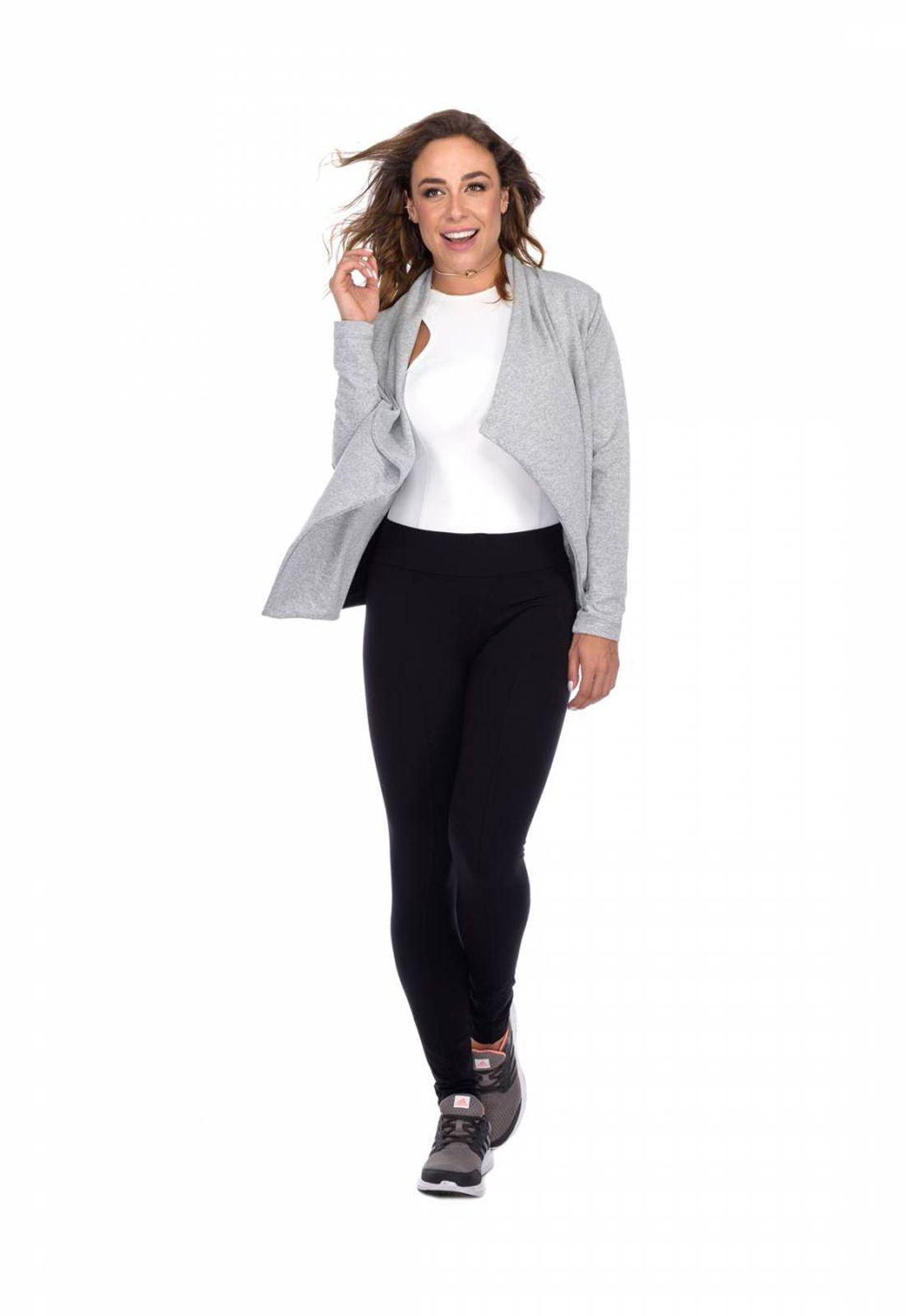 Cardigan Flavia Donadio Beachwear com recorte na lateral cinza claro