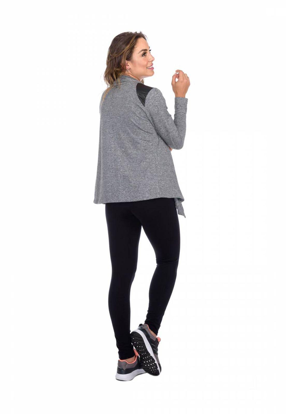 Cardigan Flavia Donadio Beachwear com recorte no ombro cinza escuro