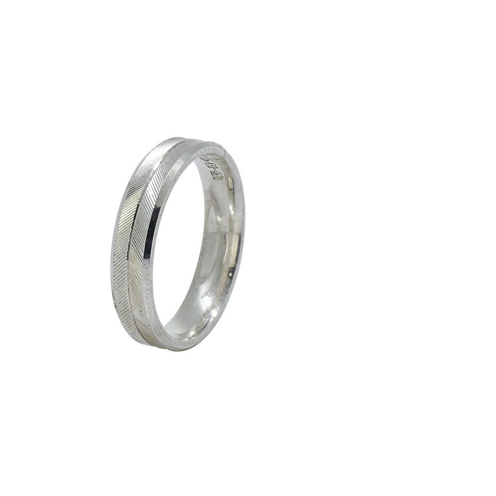 Aliança prata 925 reta diamantada com friso liso 5mm anatômica