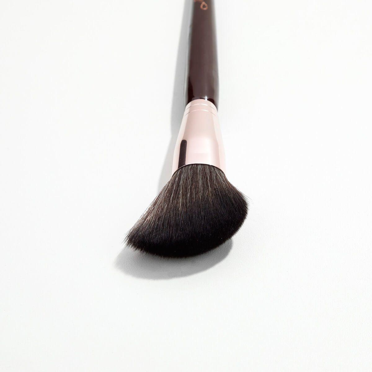 Pincel Mariana Saad MS6 para Blush e Pó Facial - By Océane