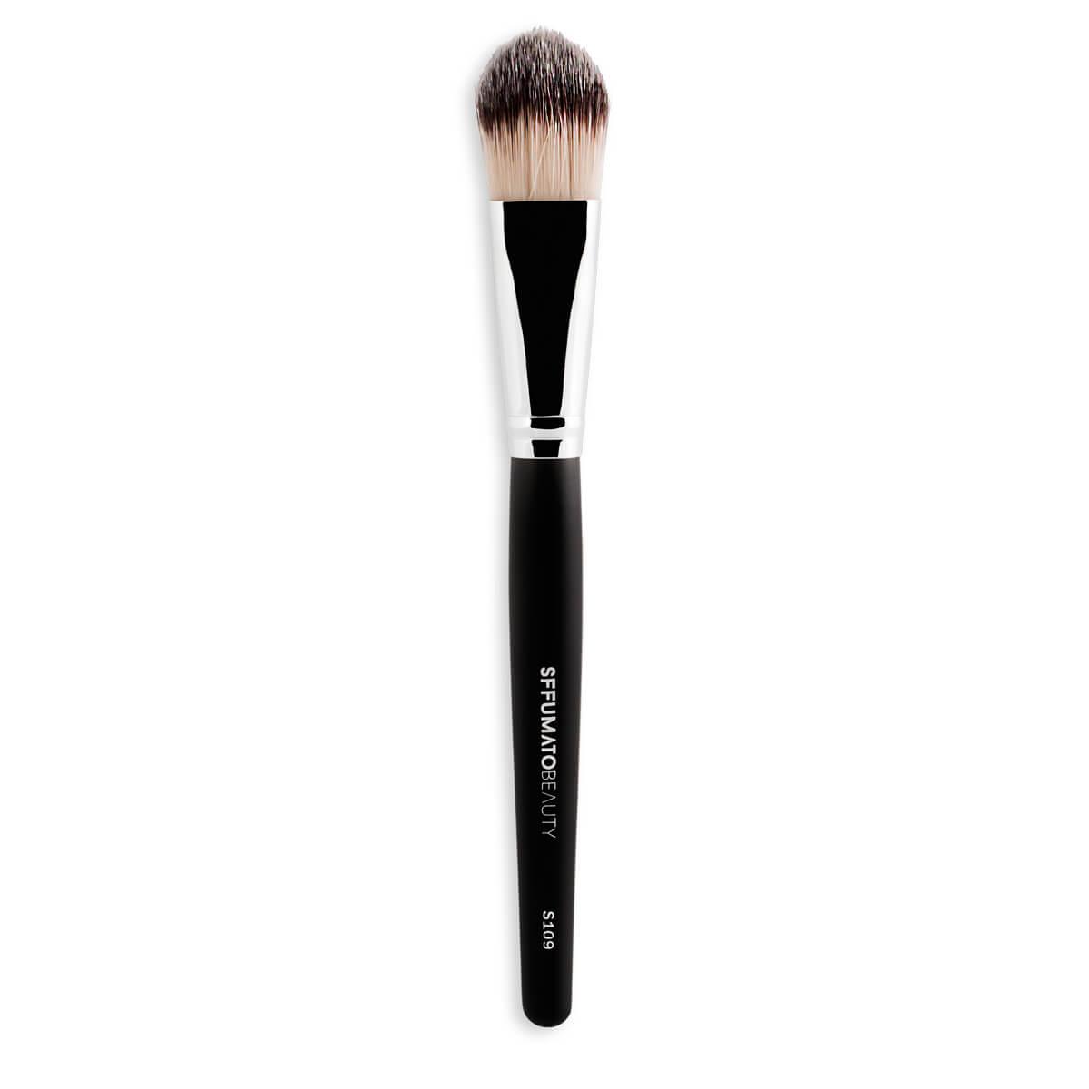 S109 - Pincel Para Base Língua De Gato Profissional Sffumato Beauty