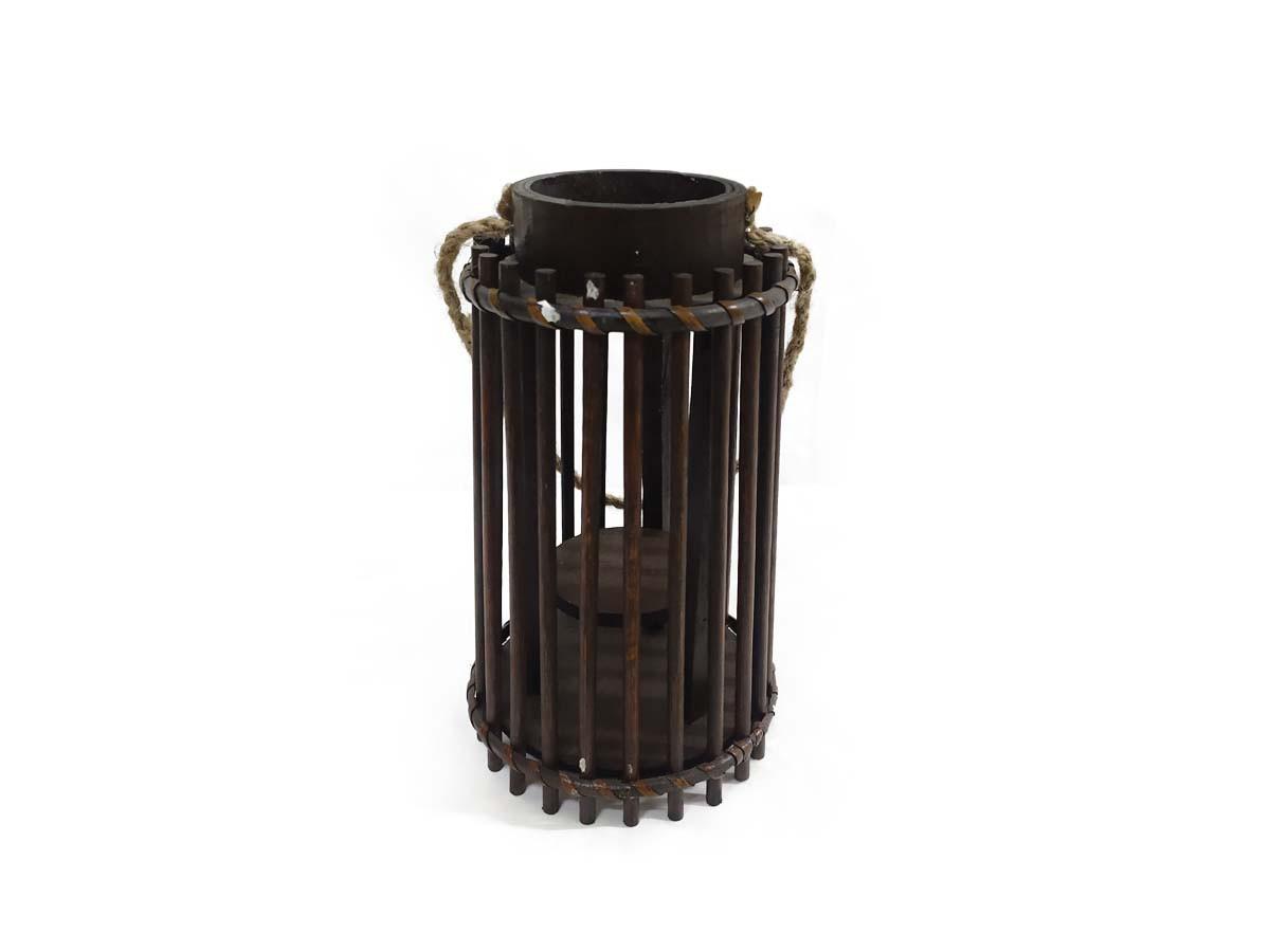 Lanterna em maderia com corda - 24 x 13 cm