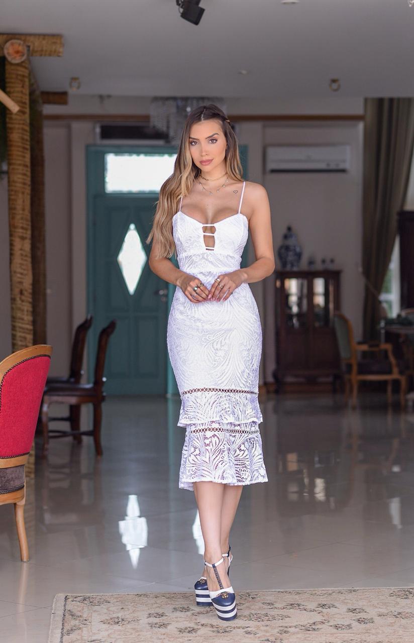 Vestido Midi com Decote
