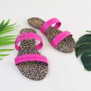 Rasteira Animal Print e Pink