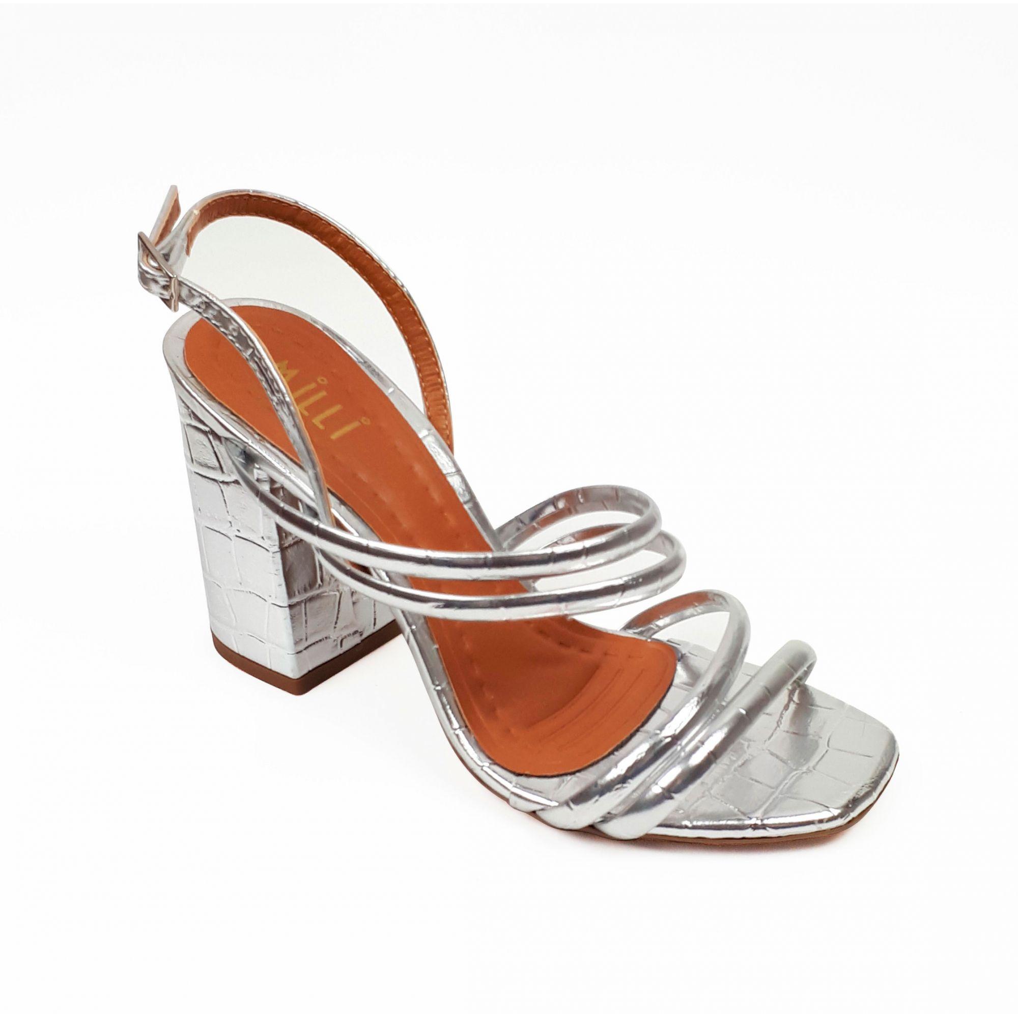 Sandália croco metalizada prata