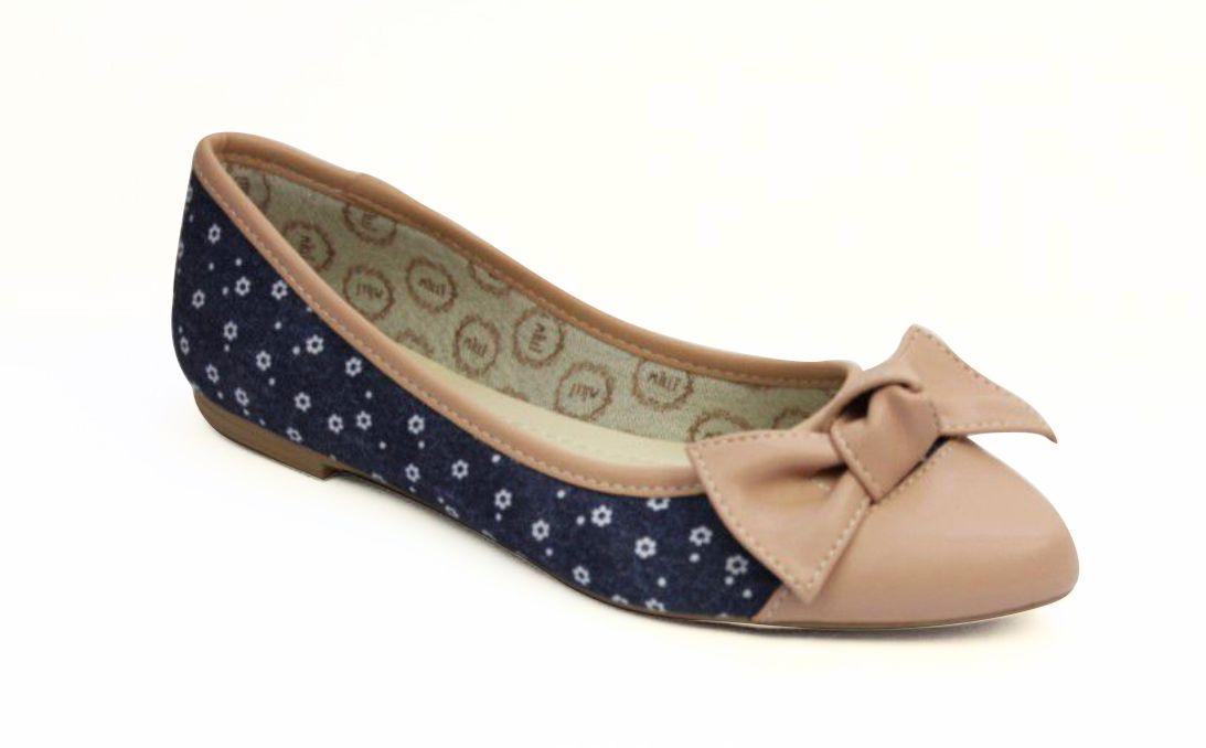Sapatilha Milli Bico Fino Jeans com detalhes floral