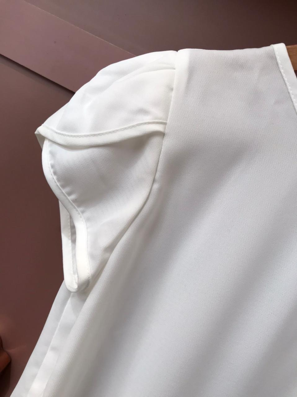 Blusa Básica TULIPA
