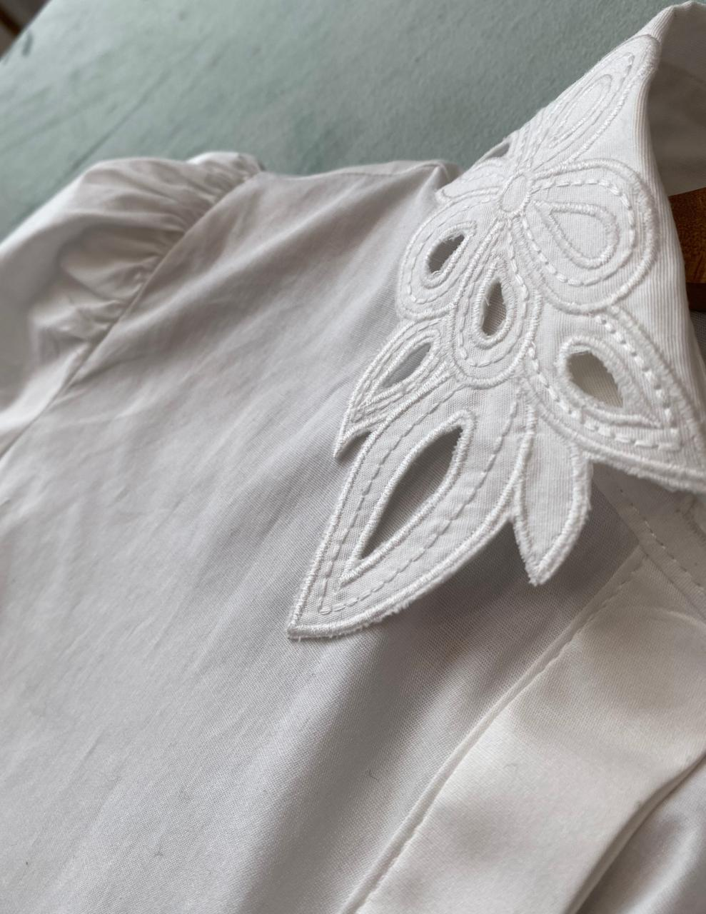 Camisa Tricoline com Gola Rechilie