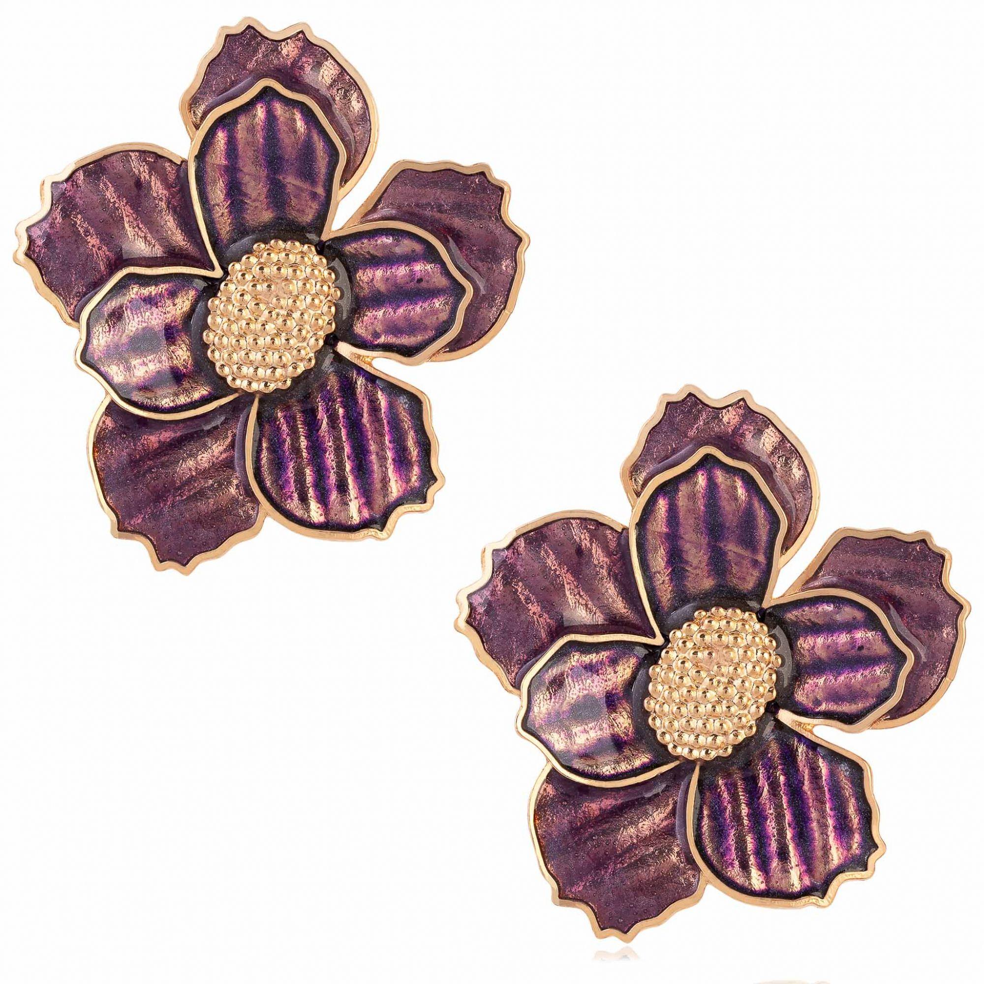 Brinco de flor banhado a ouro 18k com aplique resinado em tons de fucsia.  - bfdecor.com.br