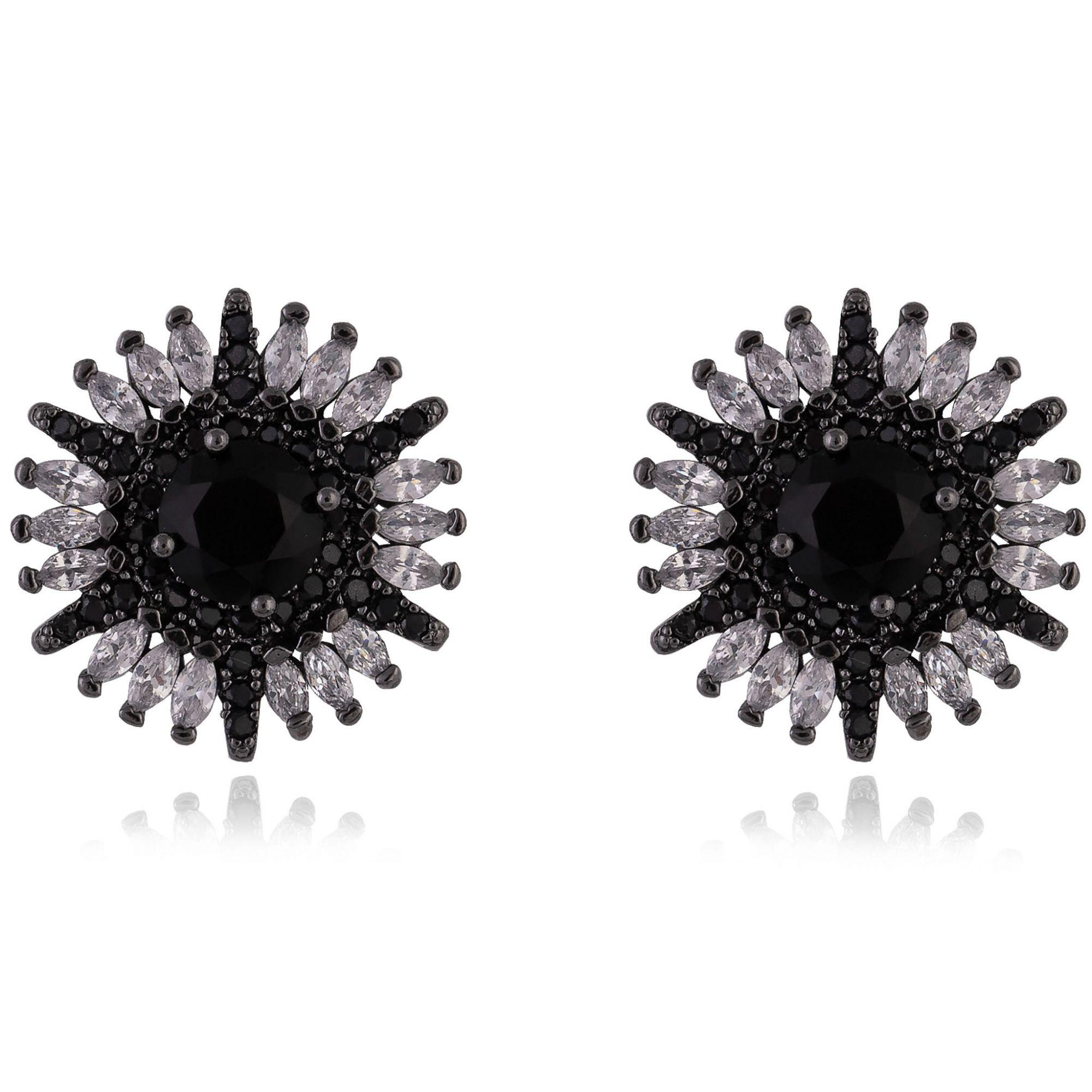 Brinco de flor com zircônia negra central e navetes cristais banho de grafite.  - romabrazil.com.br